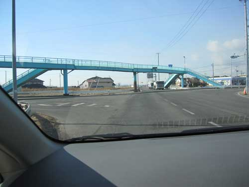 Fig 14. The road bridge at Yuriagi, where people stayed in their cars rather than getting out and climbing onto the bridge, that as can be seen survived.